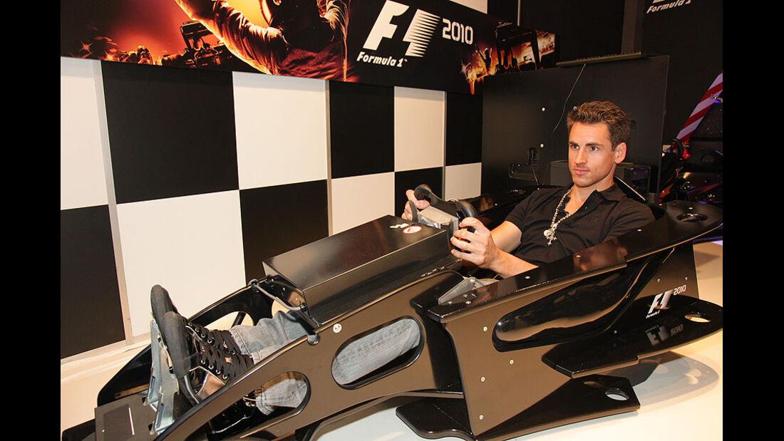 Adrian Sutil F1 2010 Gamescom
