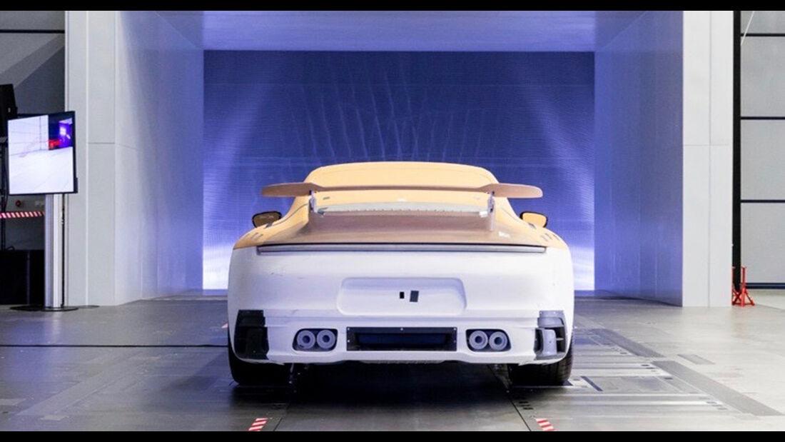 Aerokit und SportDesign-Paket für Porsche 911
