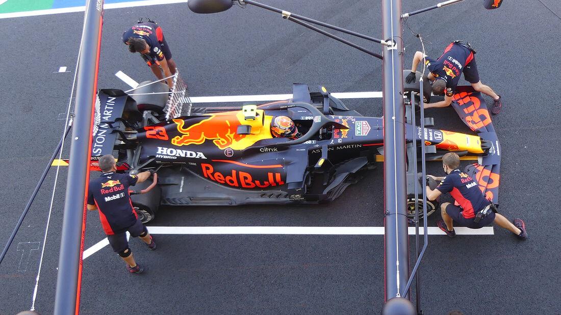 [Imagen: Alex-Albon-Red-Bull-GP-Toskana-Mugello-F...722591.jpg]