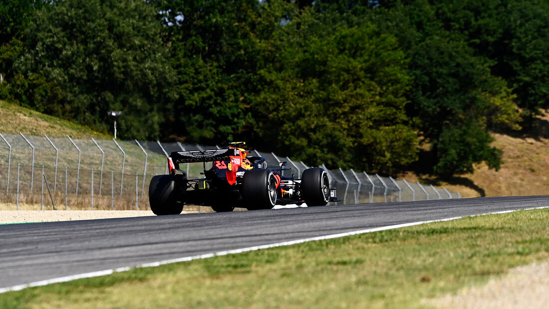 [Imagen: Alex-Albon-Red-Bull-GP-Toskana-Mugello-F...722579.jpg]