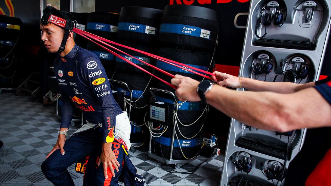 [Imagen: Alexander-Albon-Red-Bull-Formel-1-GP-70-...713163.jpg]
