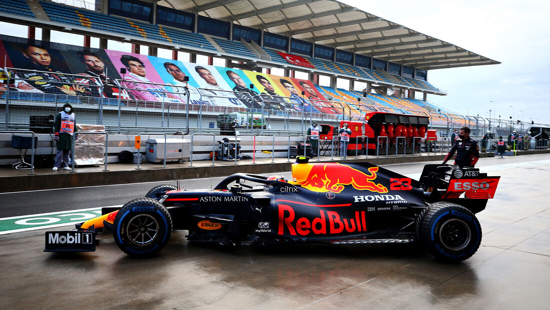 Alexander Albon - Red Bull - Formel 1 - GP Türkei - Istanbul - Samstag - 14.11.2020