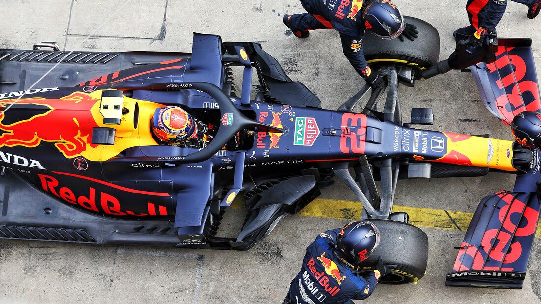 [Imagen: Alexander-Albon-Red-Bull-GP-Eifel-2020-N...731537.jpg]