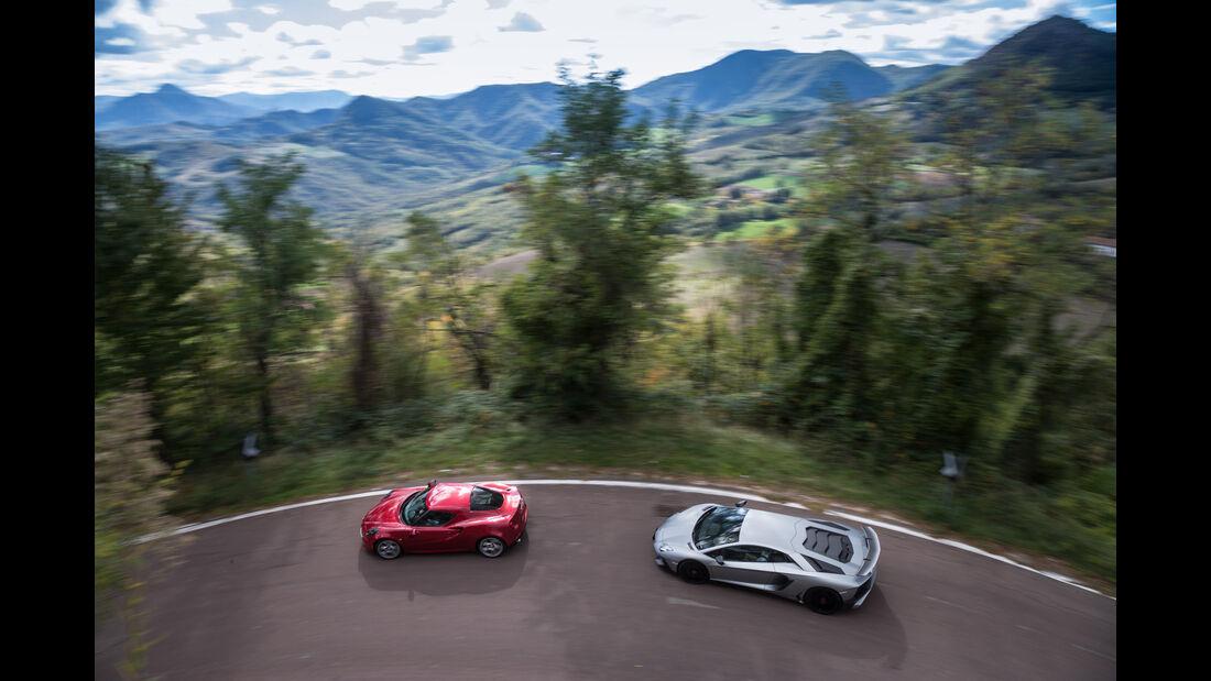 Alfa 4C, Lamborghini Aventador LP750  SV, Draufsicht