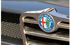Alfa Roemeo 1300 GT Junior, Emblem