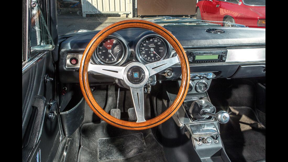 Alfa Romeo 1750 GTV, Cockpit, Lenkrad
