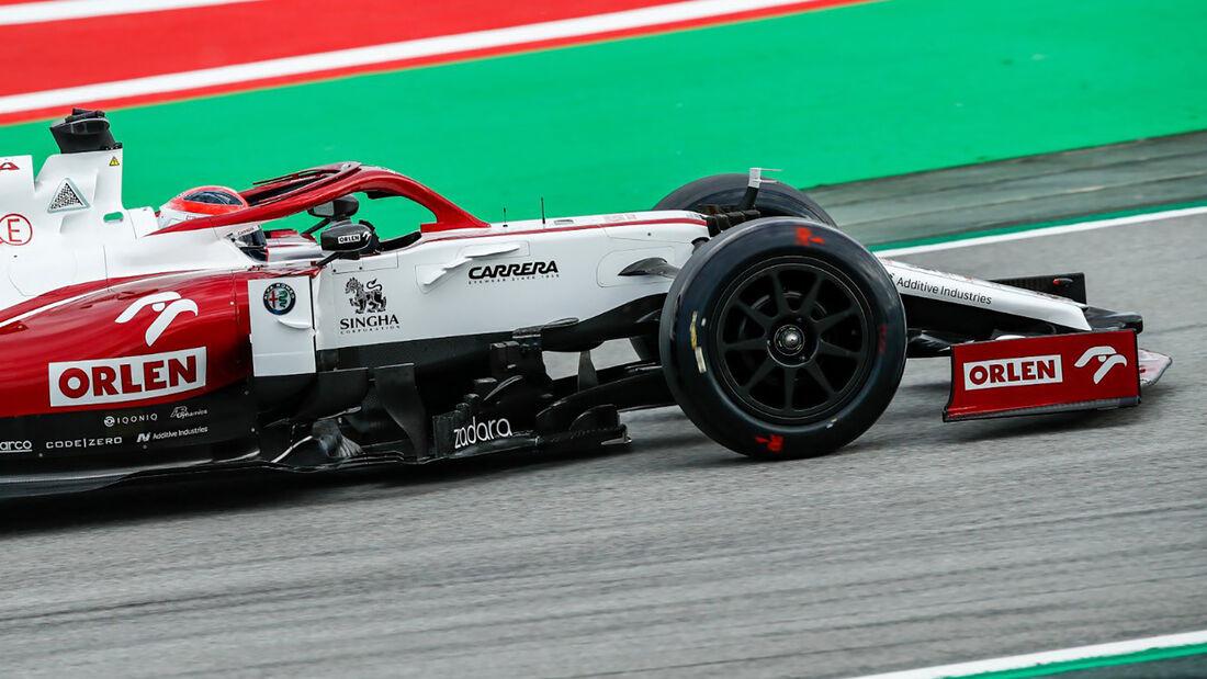 Alfa Romeo - 18 Zoll - Reifentest - Pirelli - Radkappe - Barcelona - 2021