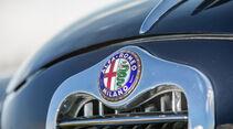 Alfa Romeo 1900, Kühlergrill, Emblem