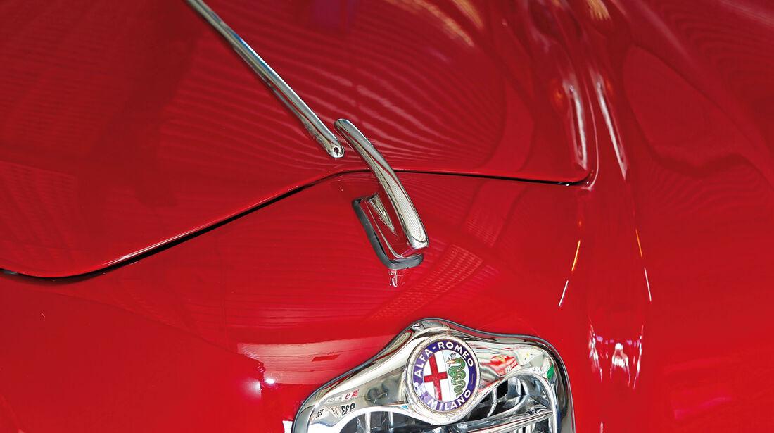 Alfa Romeo 1900 Sprint Coupé Pinin Farina, Emblem, Motorhaube