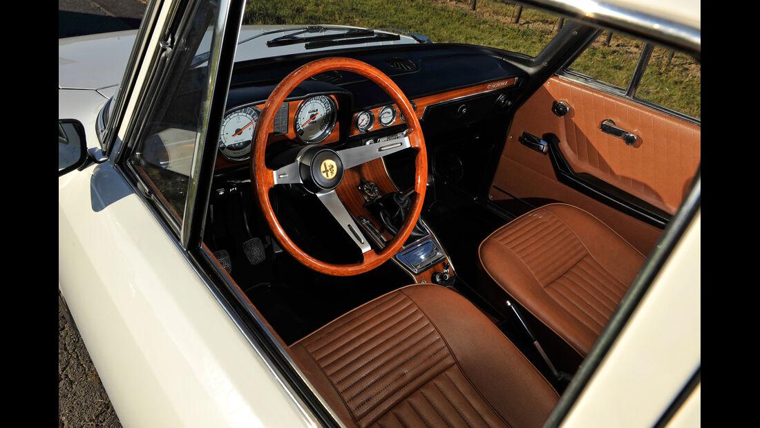 Alfa Romeo 2000 Berlina, Cockpit