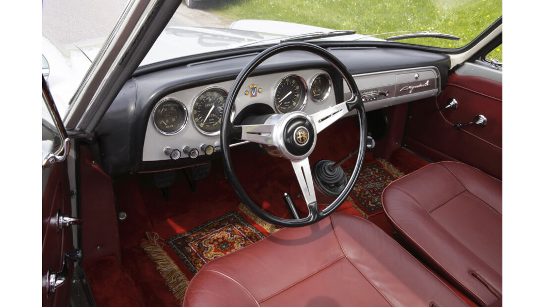 Alfa Romeo 2000 S Vignale-Coupé (1958), Cockpit