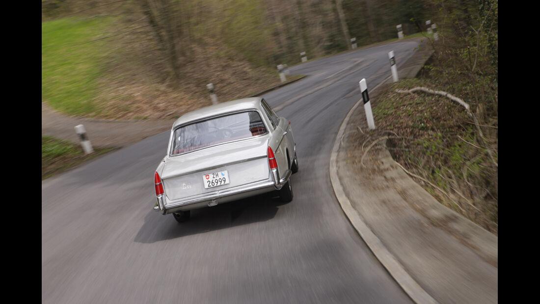 Alfa Romeo 2000 S Vignale-Coupé (1958), Hinteransicht rechts