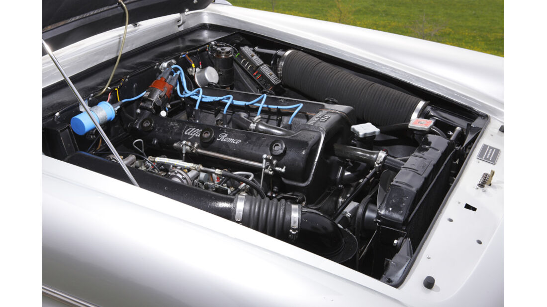 Alfa Romeo 2000 S Vignale-Coupé (1958), Motor