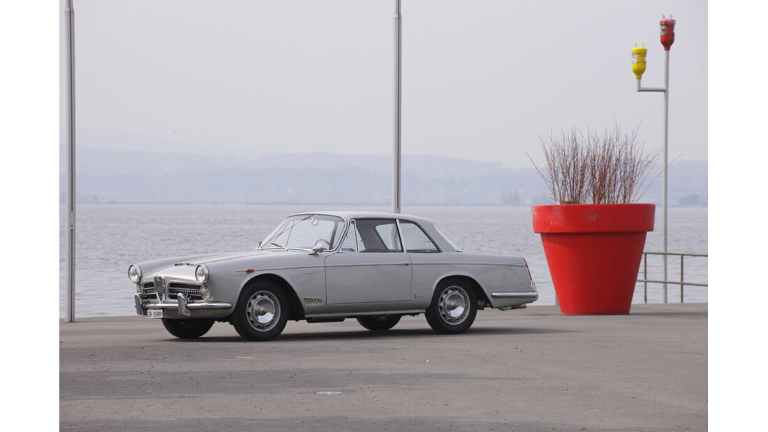 Alfa Romeo 2000 S Vignale-Coupé (1958), Seitenansicht