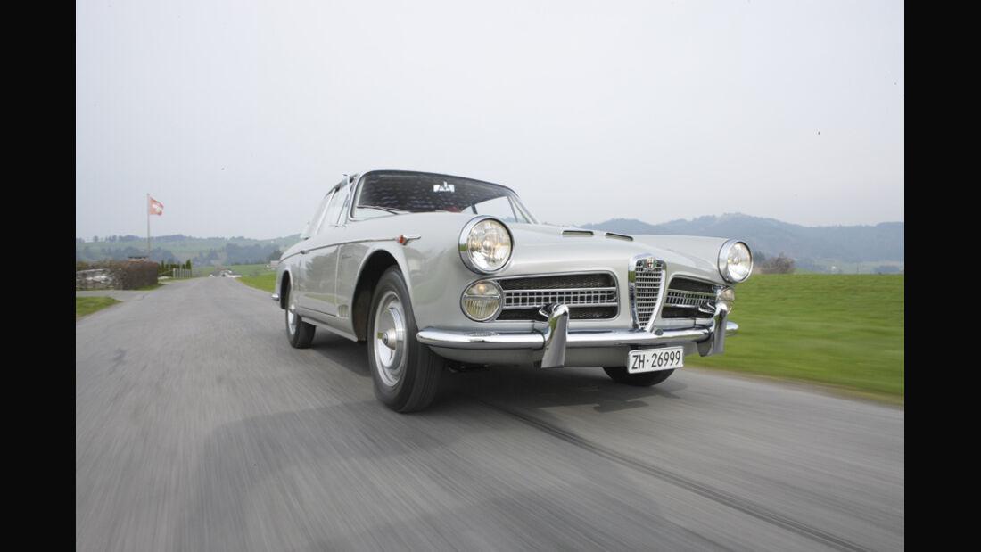 Alfa Romeo 2000 S Vignale-Coupé (1958), Vorderansicht, Stoßstange
