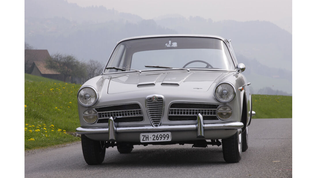 Alfa Romeo 2000 S Vignale-Coupé (1958), Vorderseite