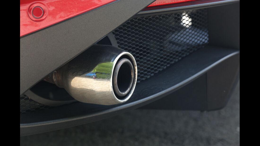 Alfa Romeo 4C, Endrohr, Auspuff