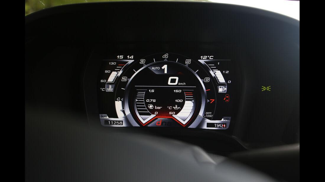 Alfa Romeo 4C, Rundinstrument