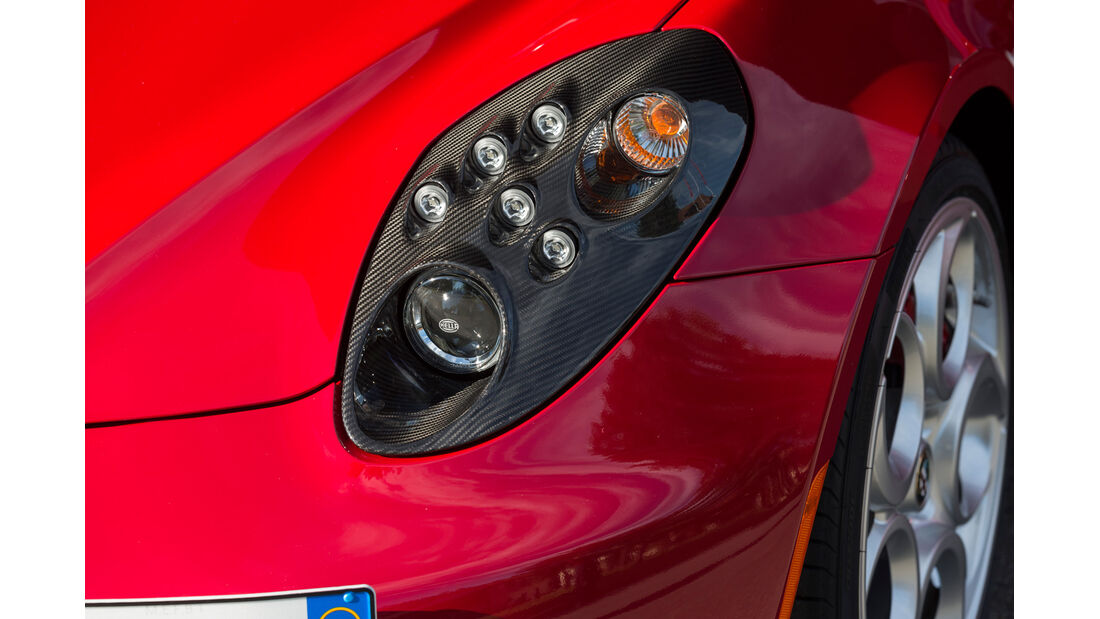 Alfa Romeo 4C, Scheinwerfer
