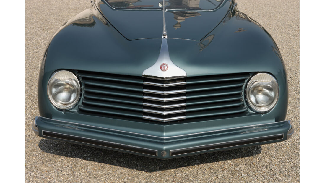 Alfa Romeo 6C 2500 C Cabriolet Stabilimenti Farina Motorhaube