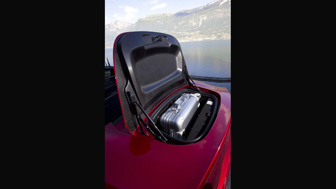 Alfa Romeo 8C Spider, Kofferraum
