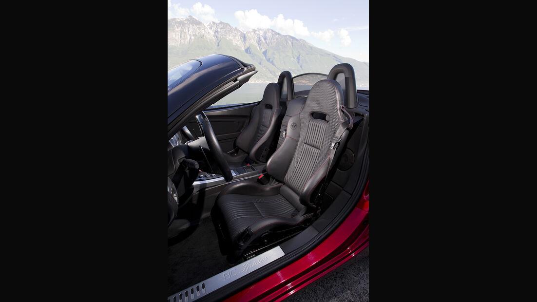 Alfa Romeo 8C Spider, Sitze