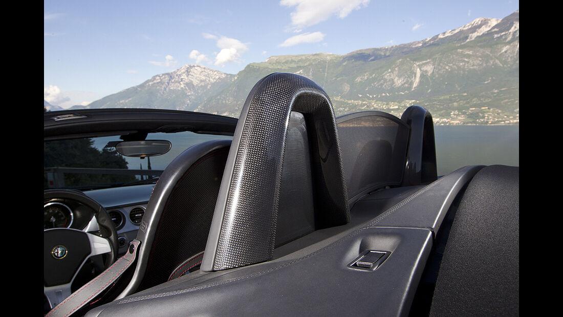 Alfa Romeo 8C Spider, Überrollbügel