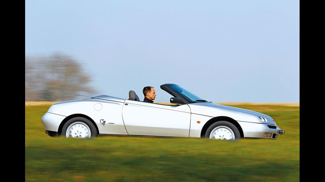 Alfa Romeo 916, Seitenansicht