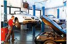 Alfa Romeo 916, Werkstatt, Hebebühne