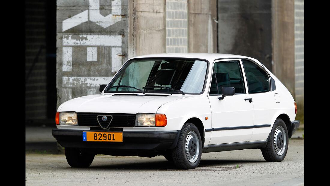 Alfa Romeo Alfasud 1.5, Seitenansicht