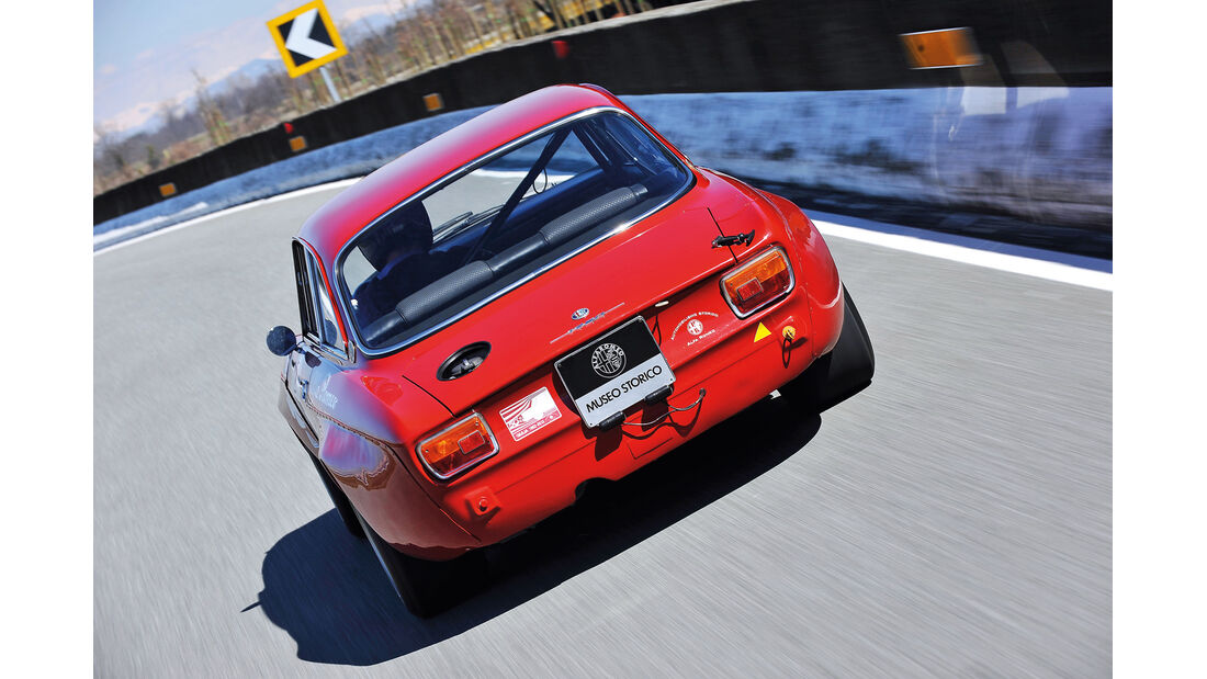 Alfa Romeo GTAm, Heckansicht