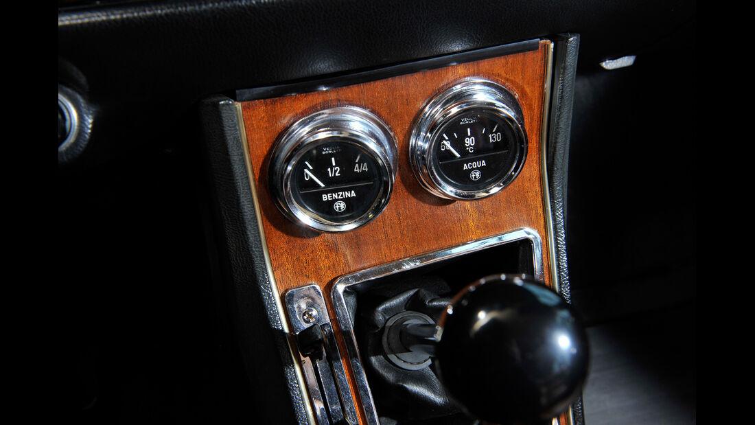 Alfa Romeo GTV 1750/2000, Bedienelemente, Mittelkonsole