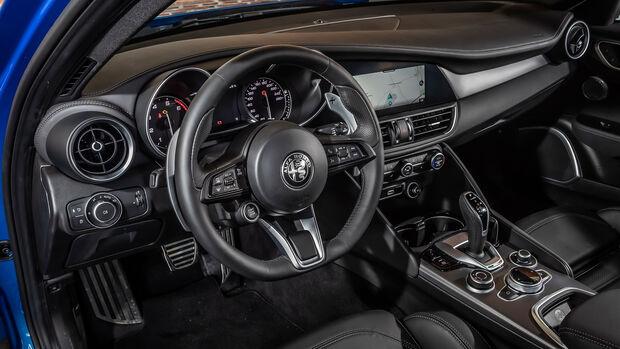 Alfa Romeo Giulia 2,0-Liter-Benziner - Modelljahr 2020 - Limousine - Innenraum