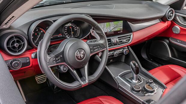 Alfa Romeo Giulia 2.2 d, Interieur