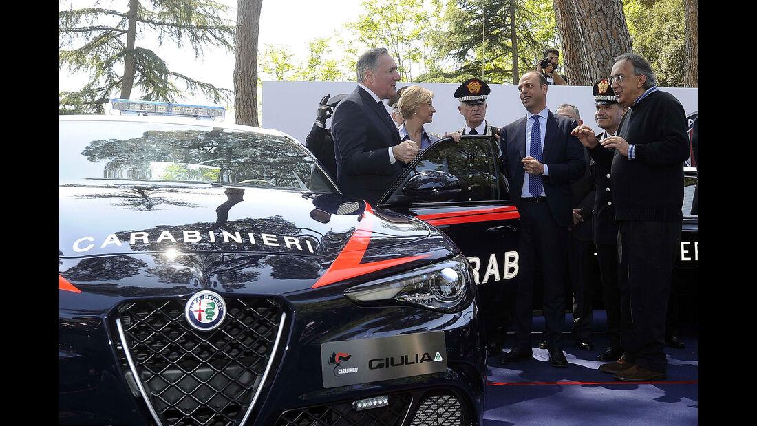 Alfa Romeo Giulia Carabinieri Polizei