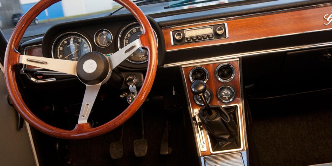 Alfa Romeo Giulia, Lenkrad, Cockpit
