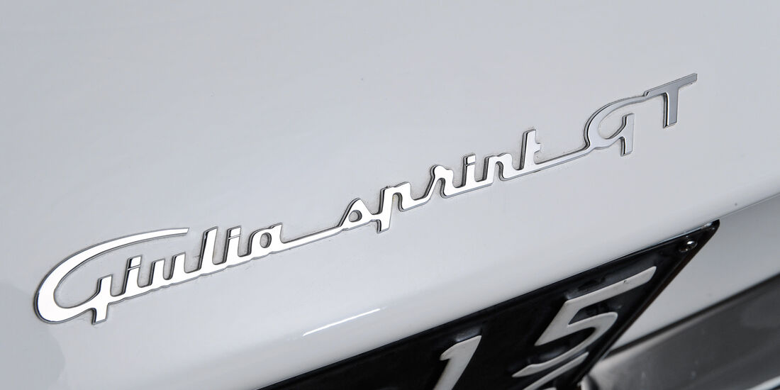 Alfa Romeo Giulia Sprint GT, Typenbezeichnung