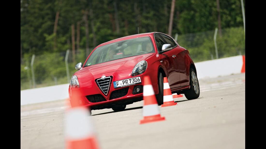 Alfa Romeo Giulietta 1.4 16V, Slalom, Frontansicht