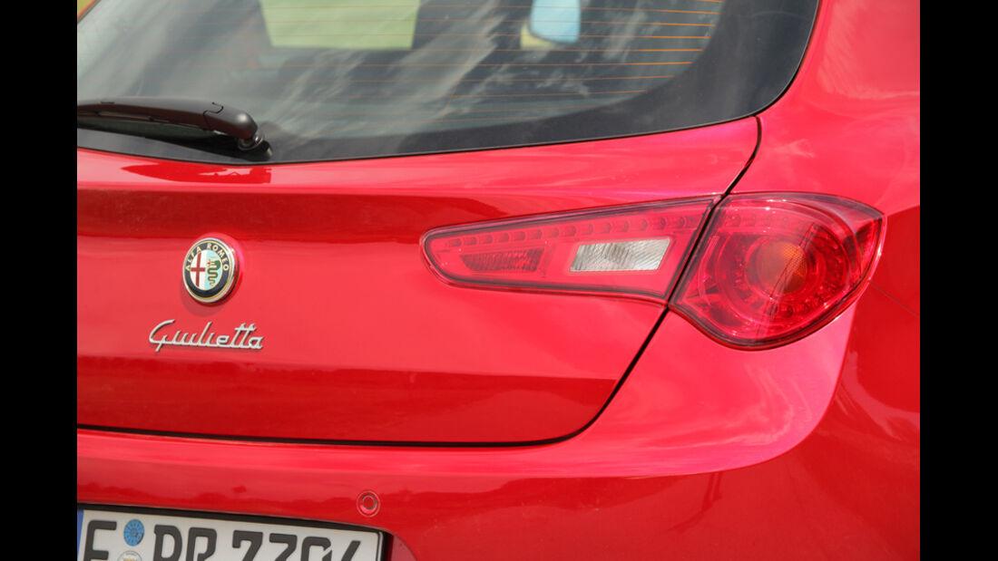Alfa Romeo Giulietta 1.4 TB 16V, Heck, Detail