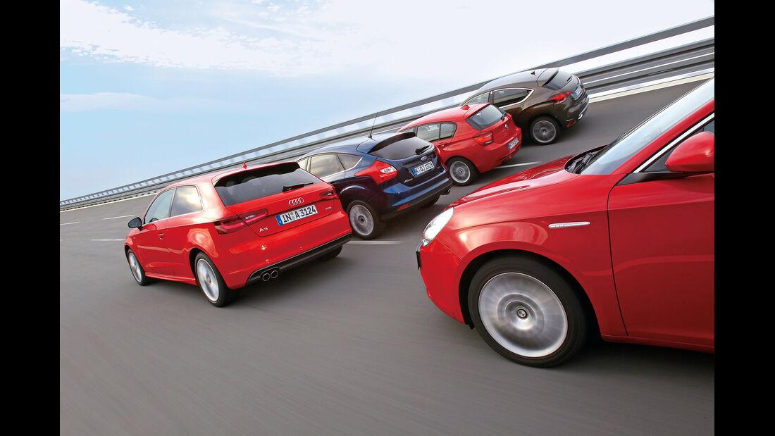 Alfa Romeo Giulietta 1.4 TB, Audi A3 1.8 TFSI, BMW 118i, Citroën DS4 THP 200, Ford Focus 1.6 Ecoboost, Heckansicht