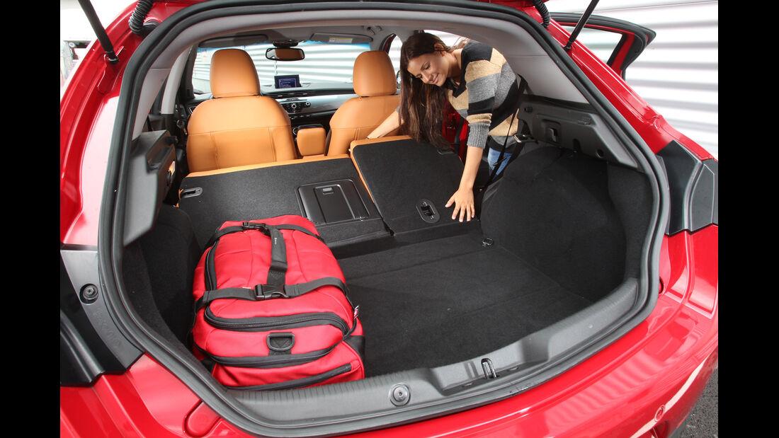 Alfa Romeo Giulietta 1.4 TB, Ladefläche, Rückbank, umklappen