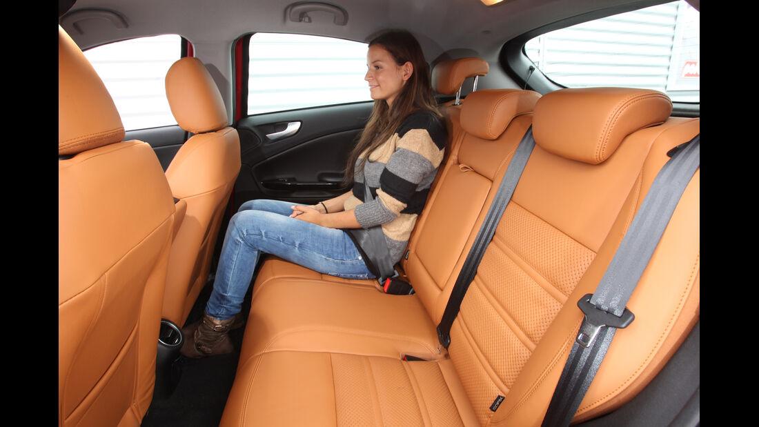 Alfa Romeo Giulietta 1.4 TB, Rücksitz, Beinfreiheit