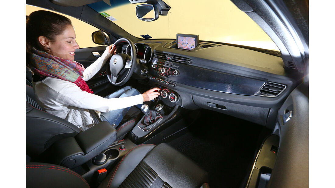 Alfa Romeo Giulietta, Cockpit