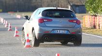 Alfa Romeo Giulietta, Heckansicht, Slalom