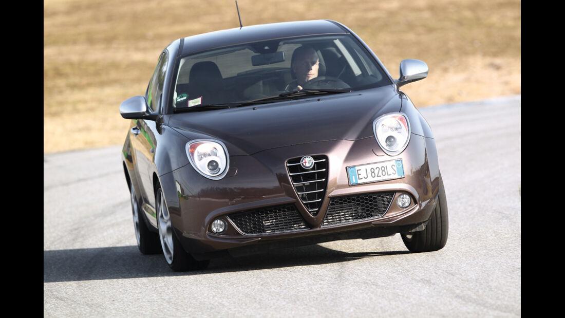 Alfa Romeo Mito 1.4 TB 16V Super, Frontansicht
