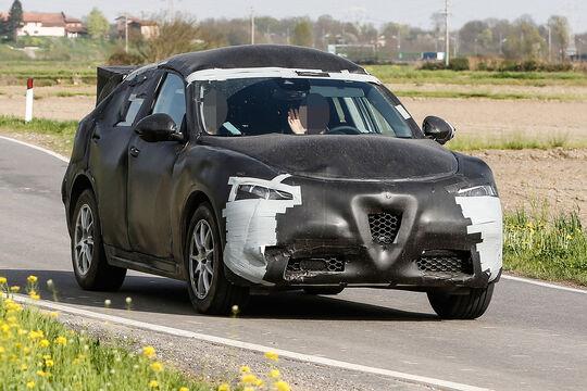 Alfa Romeo SUV Stelvio Erlkönig