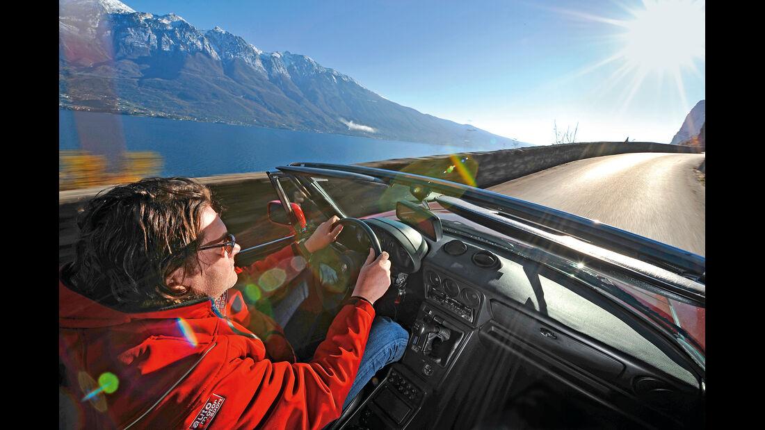 Alfa Romeo Spider 2.0, Cockpit, Fahrersicht