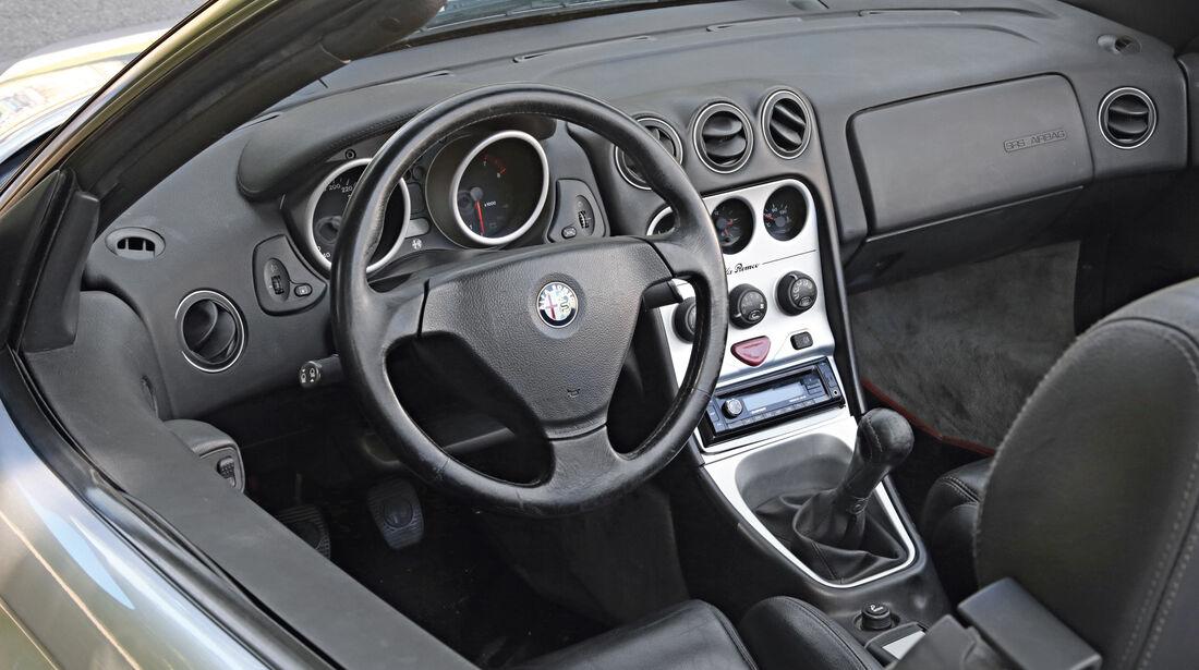 Alfa Romeo Spider 2.0 TS, Cockpit