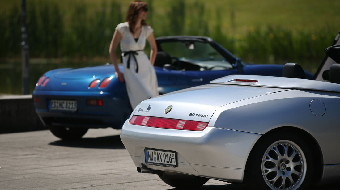 Alfa Romeo Spider 2.0 TS, Fiat Barchetta, Heck