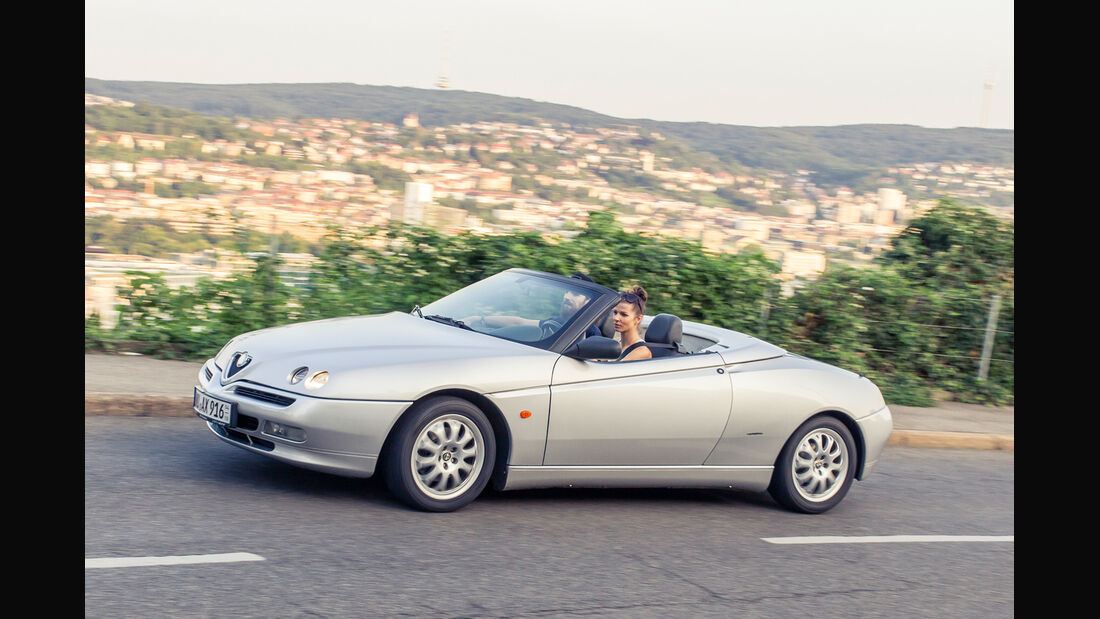 Alfa Romeo Spider 2.0 TS, Seitenansicht